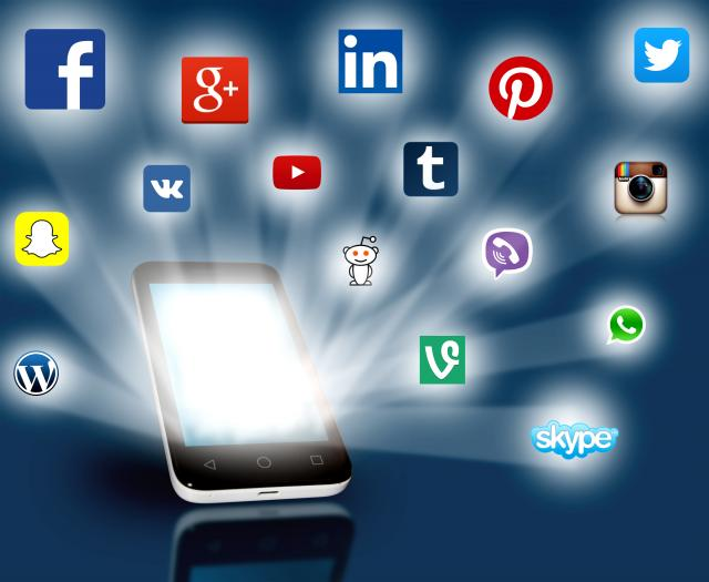 Social media posts for B2B and B2C Businesses